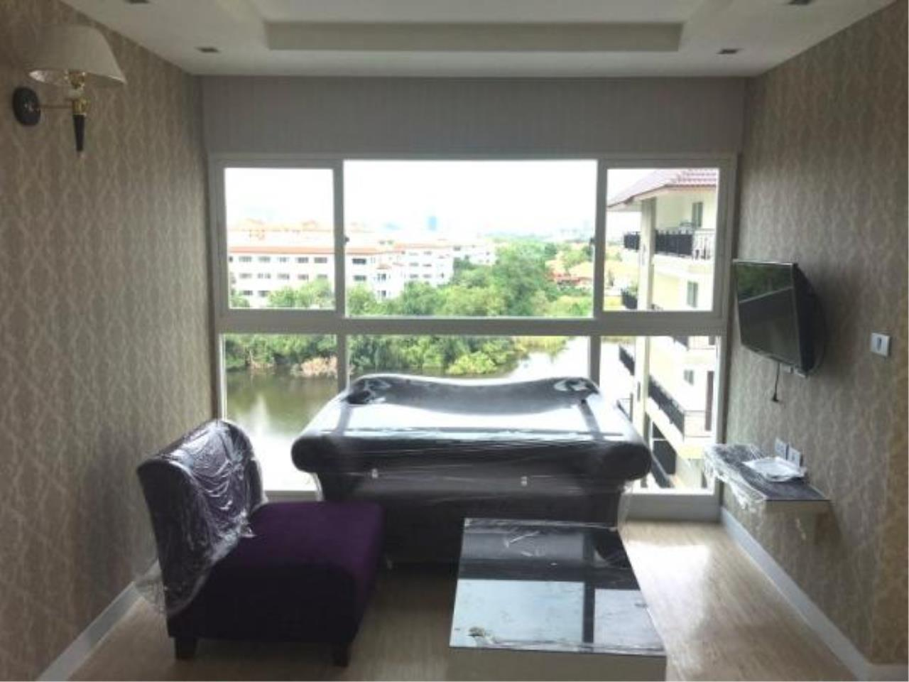 RE/MAX Town & Country Property Agency's Condo for sale in Jomtien 3