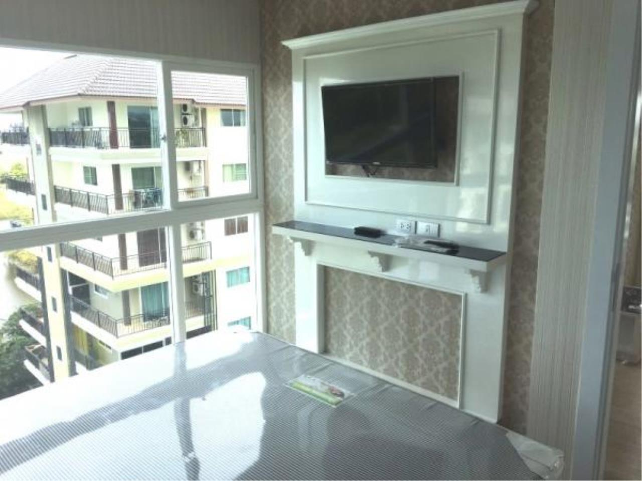 RE/MAX Town & Country Property Agency's Condo for sale in Jomtien 5