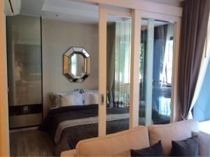 RE/MAX Town & Country Property Agency's Beachfront condo in Jomtien 7