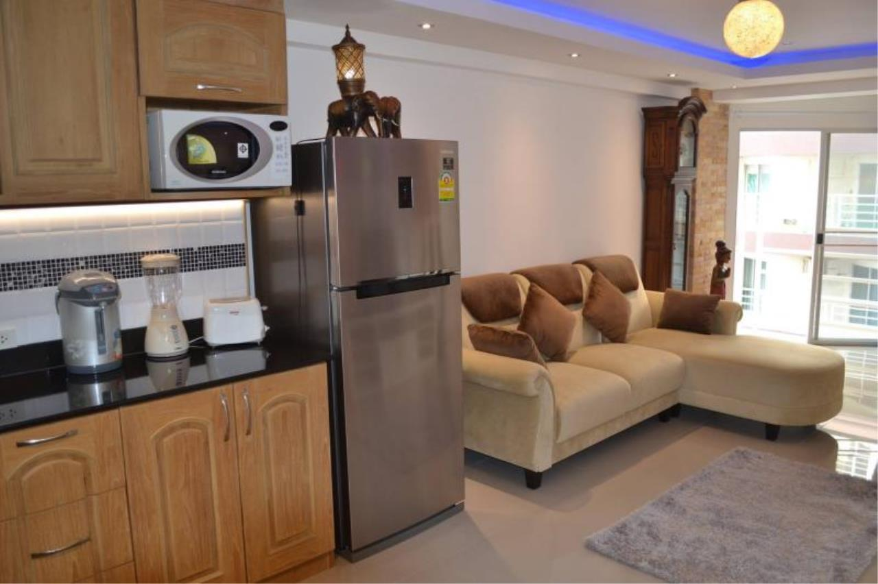 RE/MAX Town & Country Property Agency's Nice Condo near Jomtien beach 8