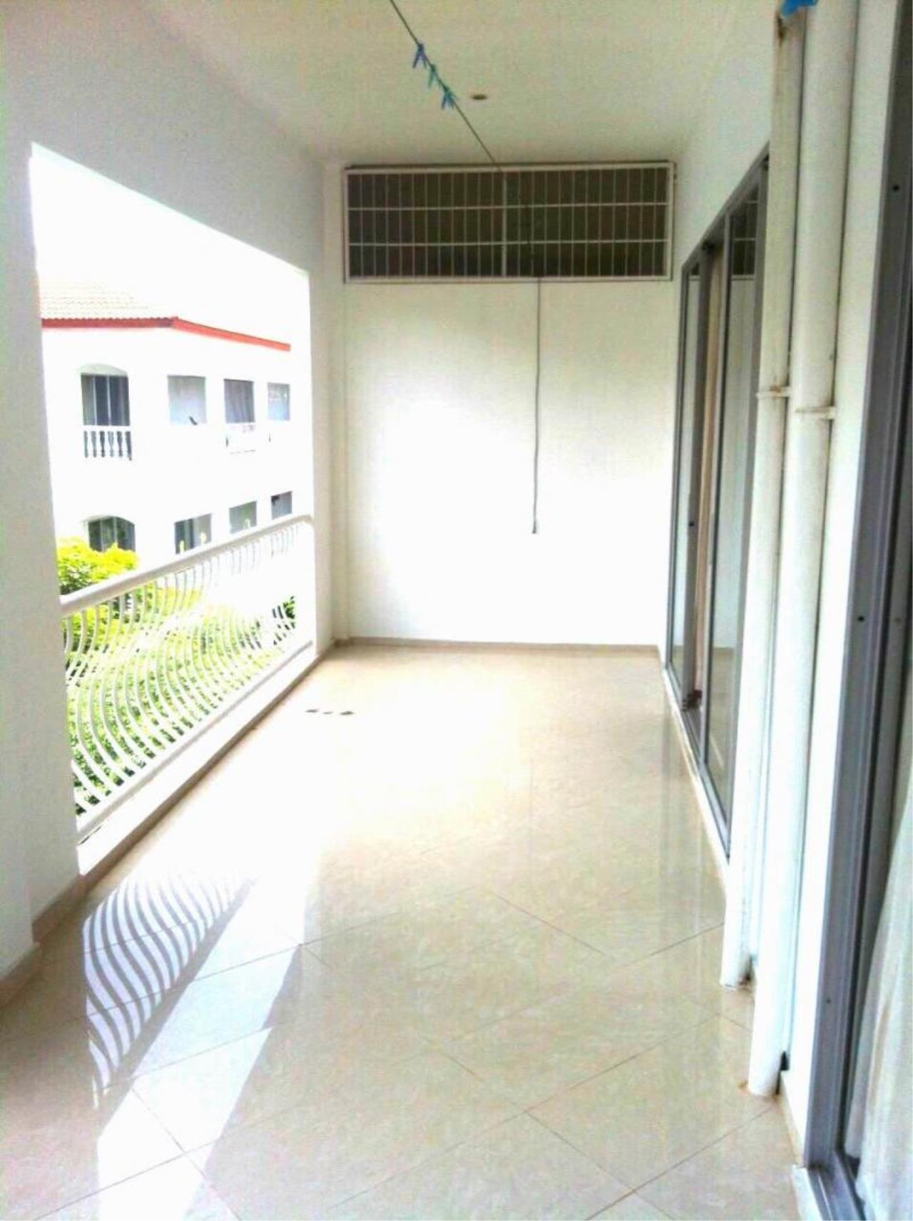 RE/MAX Town & Country Property Agency's Nice 1 bedroom condo in Jomtien 10