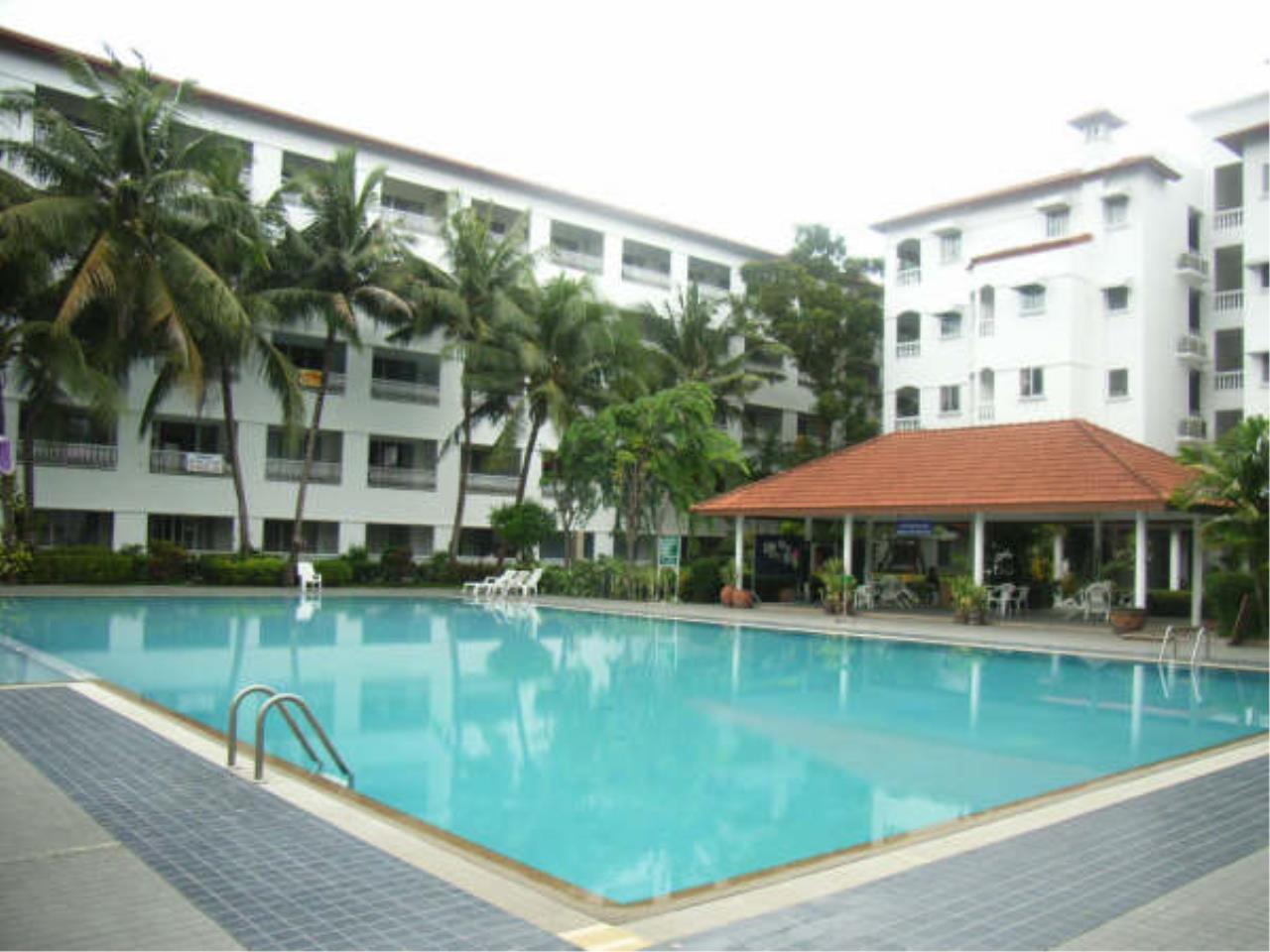 RE/MAX Town & Country Property Agency's Nice 1 bedroom condo in Jomtien 11