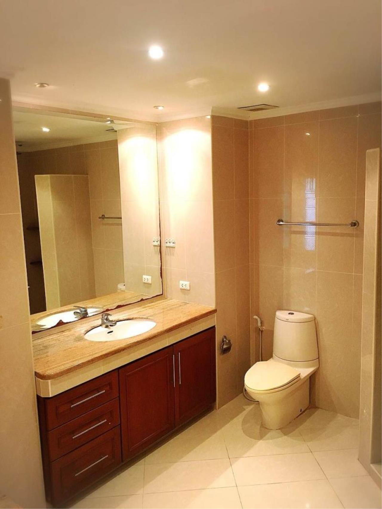 RE/MAX Town & Country Property Agency's Nice 1 bedroom condo in Jomtien 9
