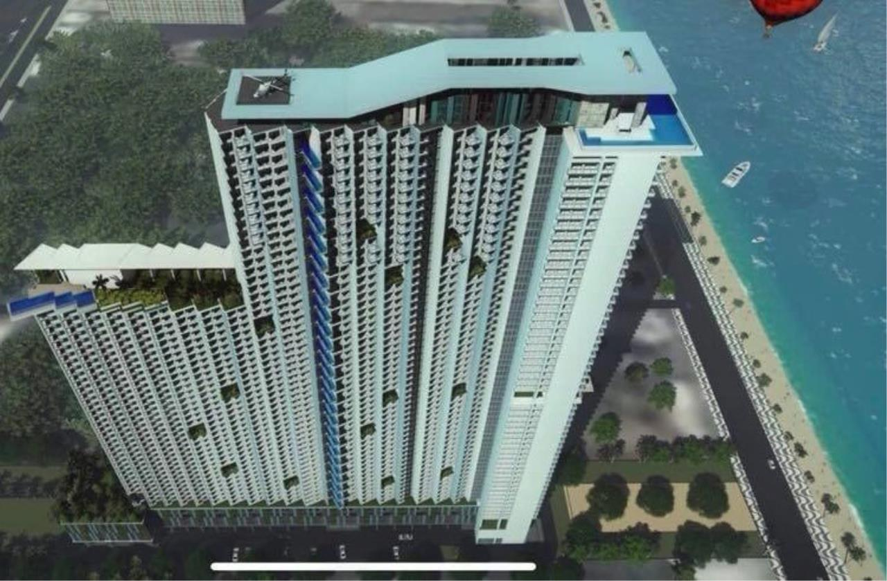 RE/MAX Town & Country Property Agency's Beach front condo for sale 4