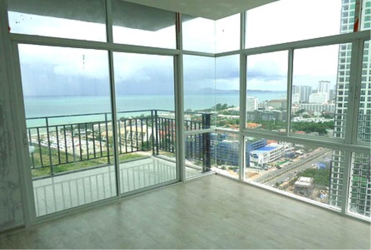 RE/MAX Town & Country Property Agency's Brand New condo near Jomtien beach 1