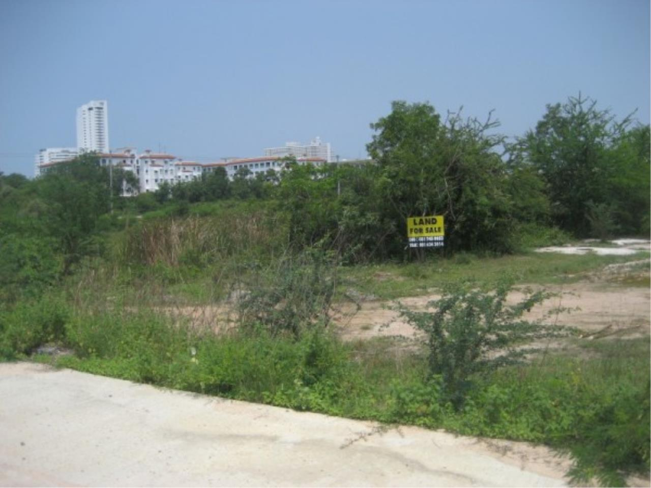 RE/MAX Town & Country Property Agency's Land for sale on Jomtien 2