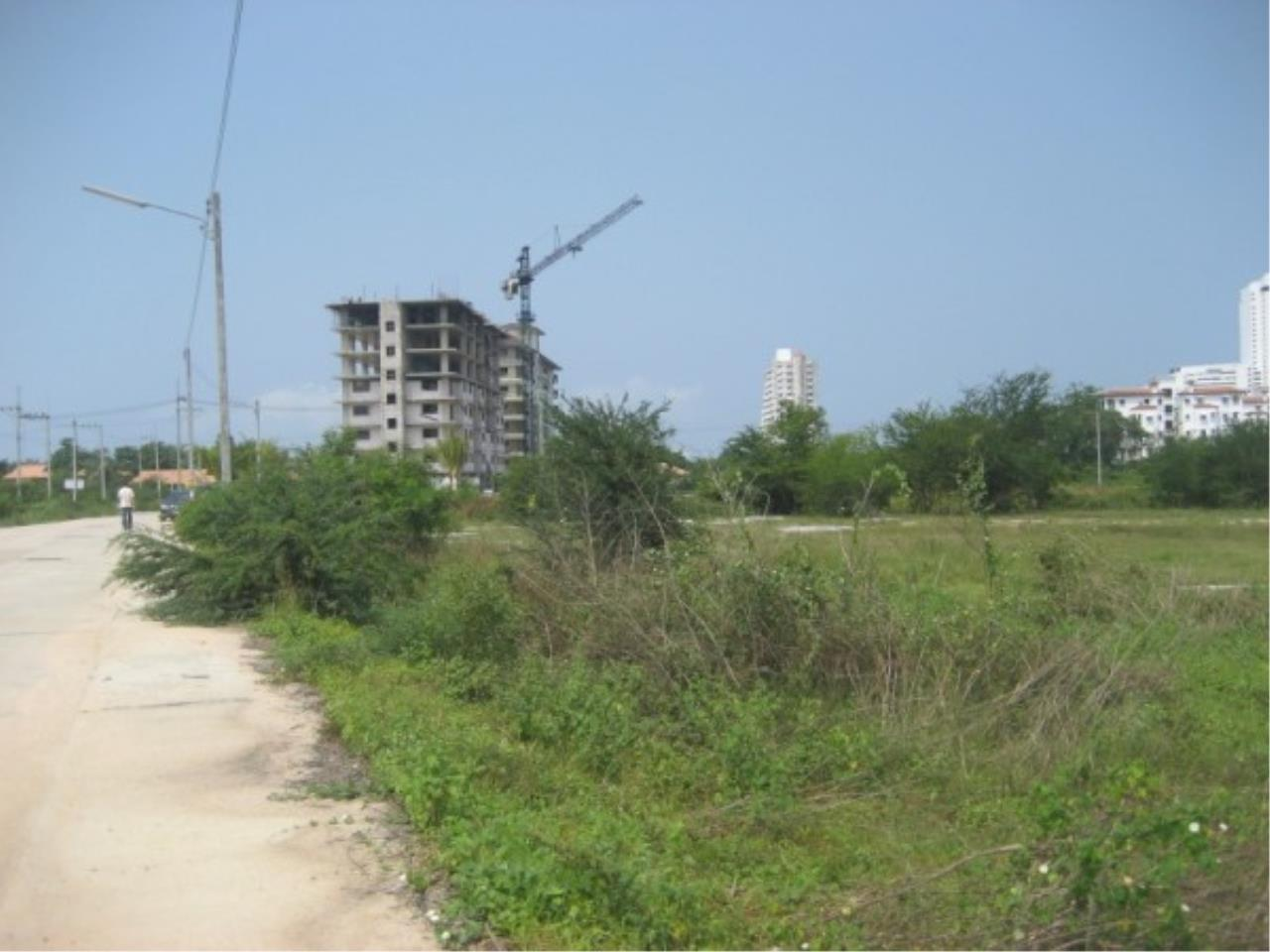 RE/MAX Town & Country Property Agency's Land for sale on Jomtien 3