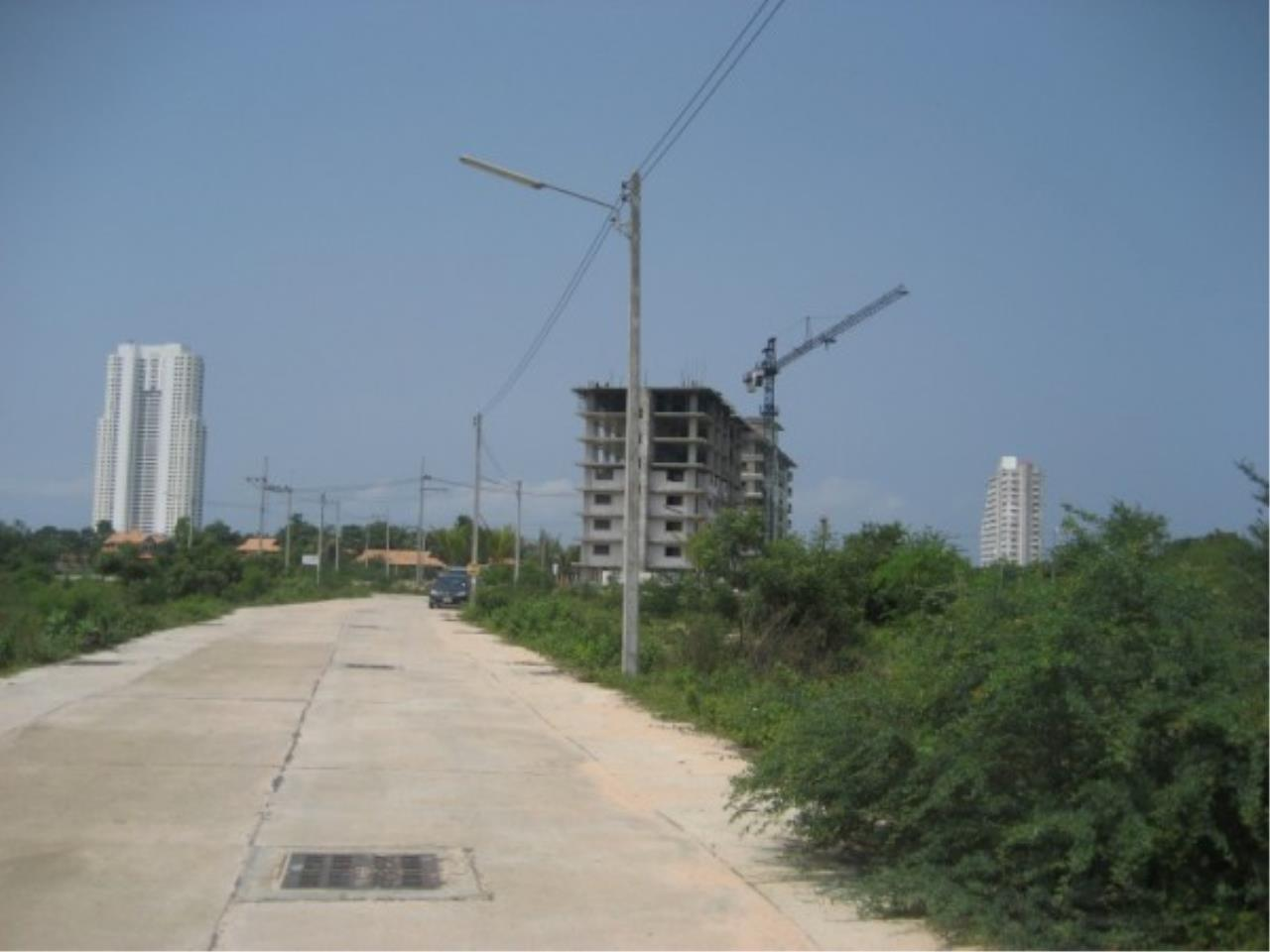 RE/MAX Town & Country Property Agency's Land for sale on Jomtien 6