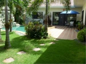 RE/MAX Town & Country Property Agency's Beautiful  bungalow in Pattaya 1