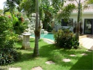 RE/MAX Town & Country Property Agency's Beautiful  bungalow in Pattaya 2