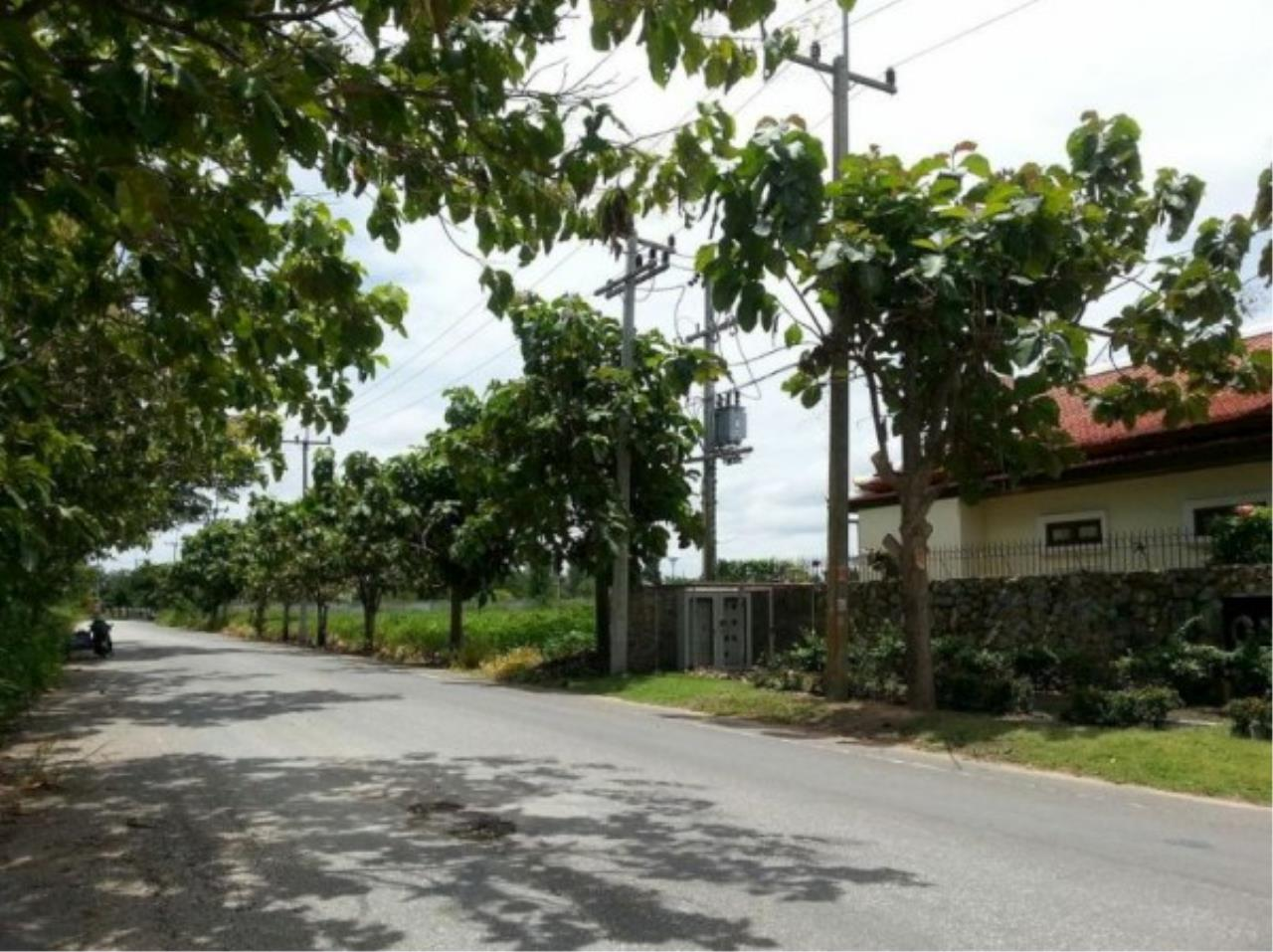 RE/MAX Town & Country Property Agency's Project land available ideal to build your own home! 5