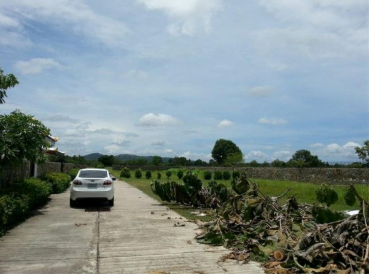 RE/MAX Town & Country Property Agency's Project land available ideal to build your own home! 6