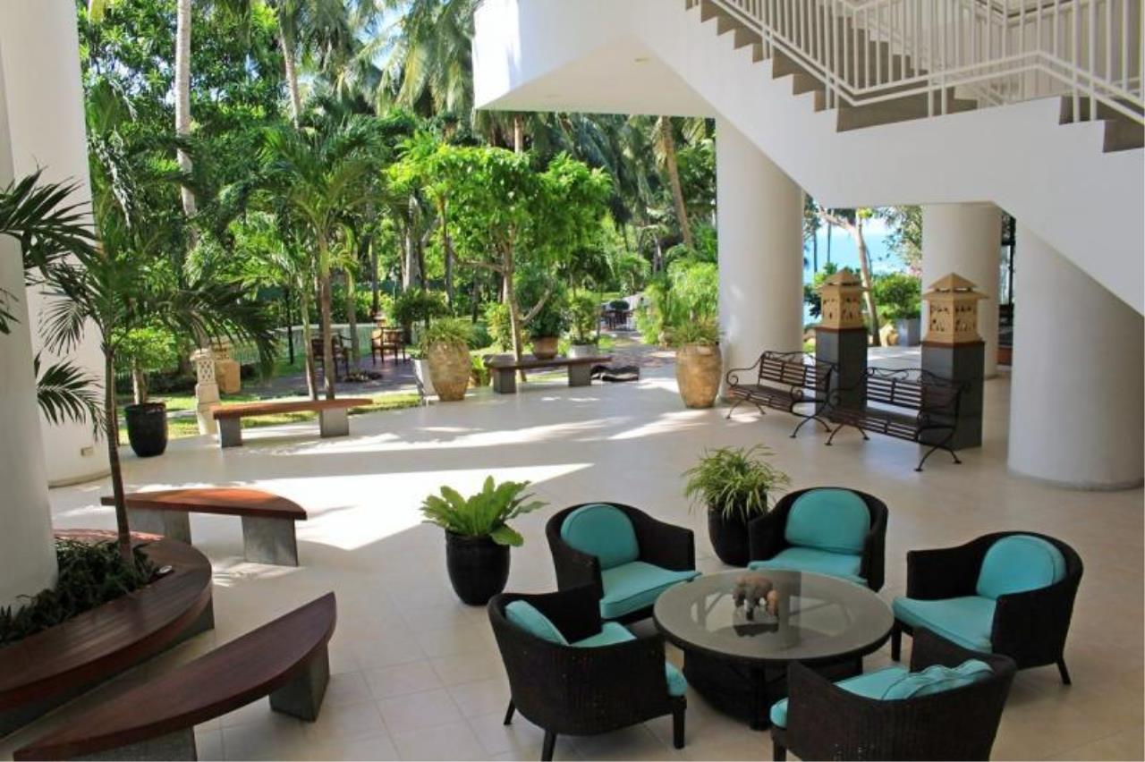 RE/MAX Town & Country Property Agency's Stunning Ocean View - top luxury 3