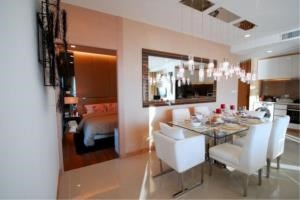 RE/MAX Town & Country Property Agency's New 5 star Wong Amat condo 7