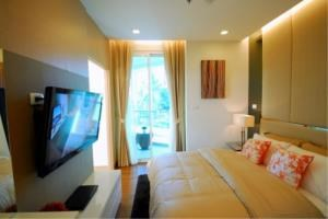 RE/MAX Town & Country Property Agency's New 5 star Wong Amat condo 9