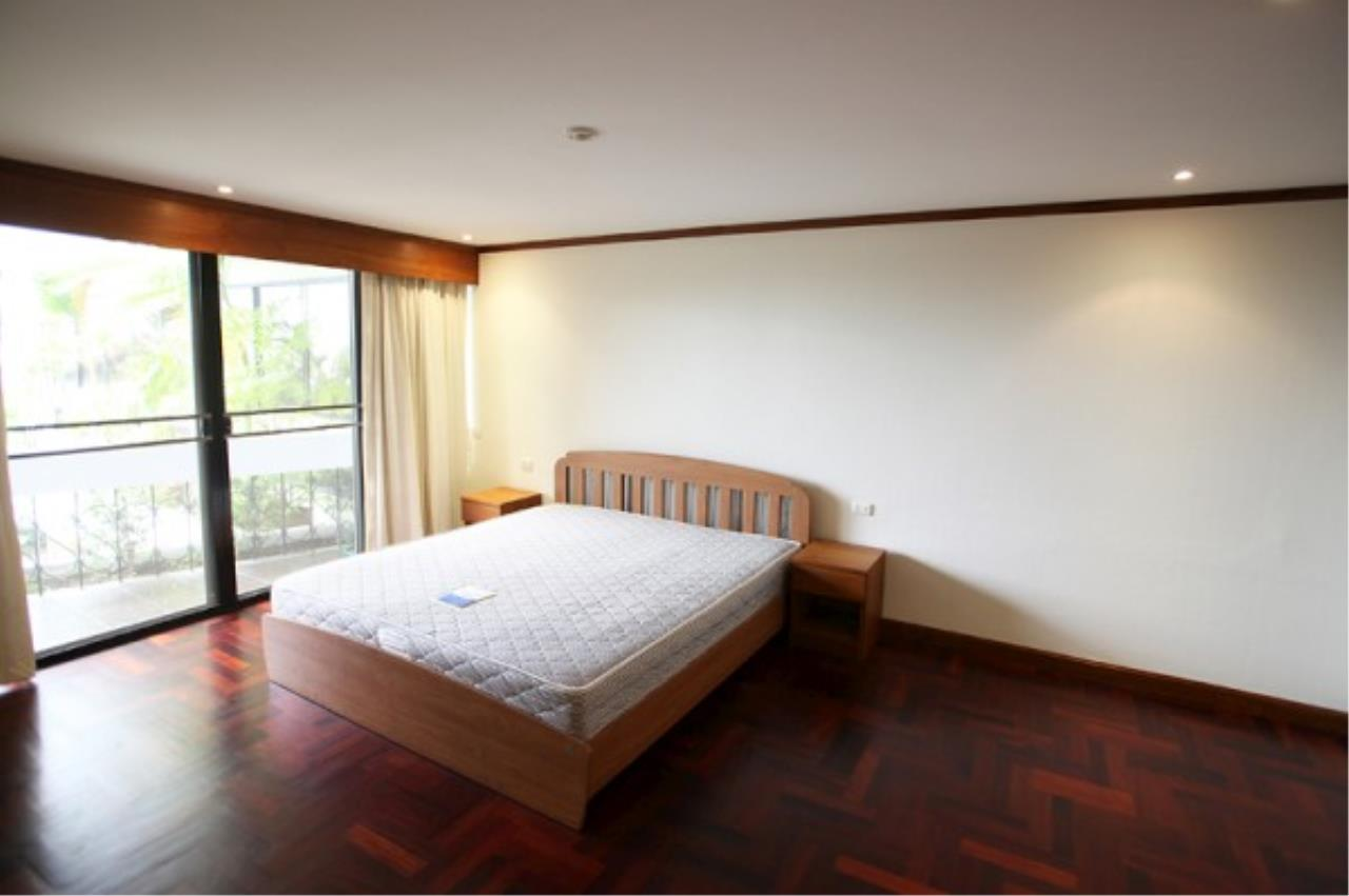 RE/MAX Town & Country Property Agency's Wong Amat condo 5
