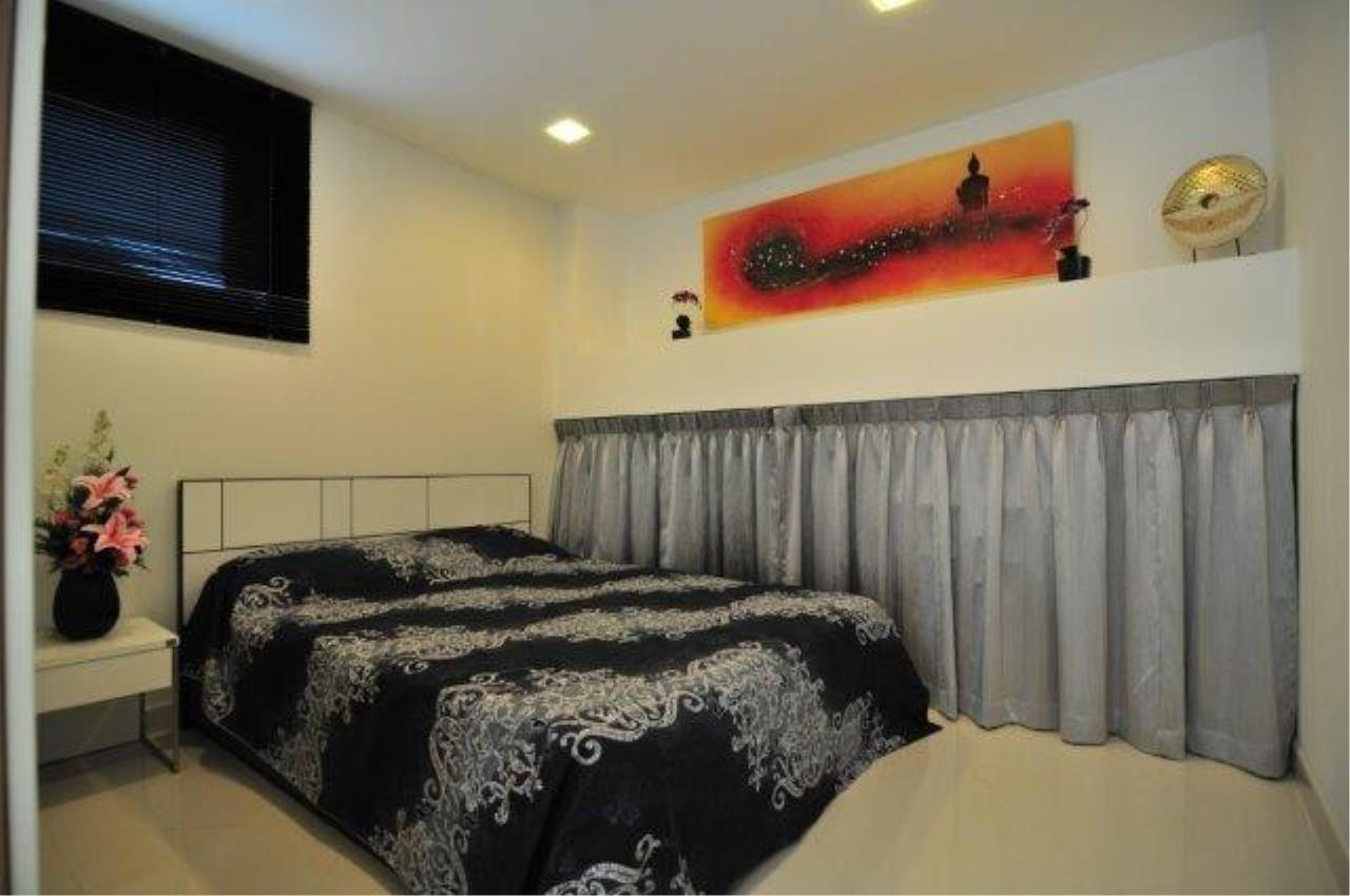 RE/MAX Town & Country Property Agency's Great 2 bedroom in Wong Amat 11