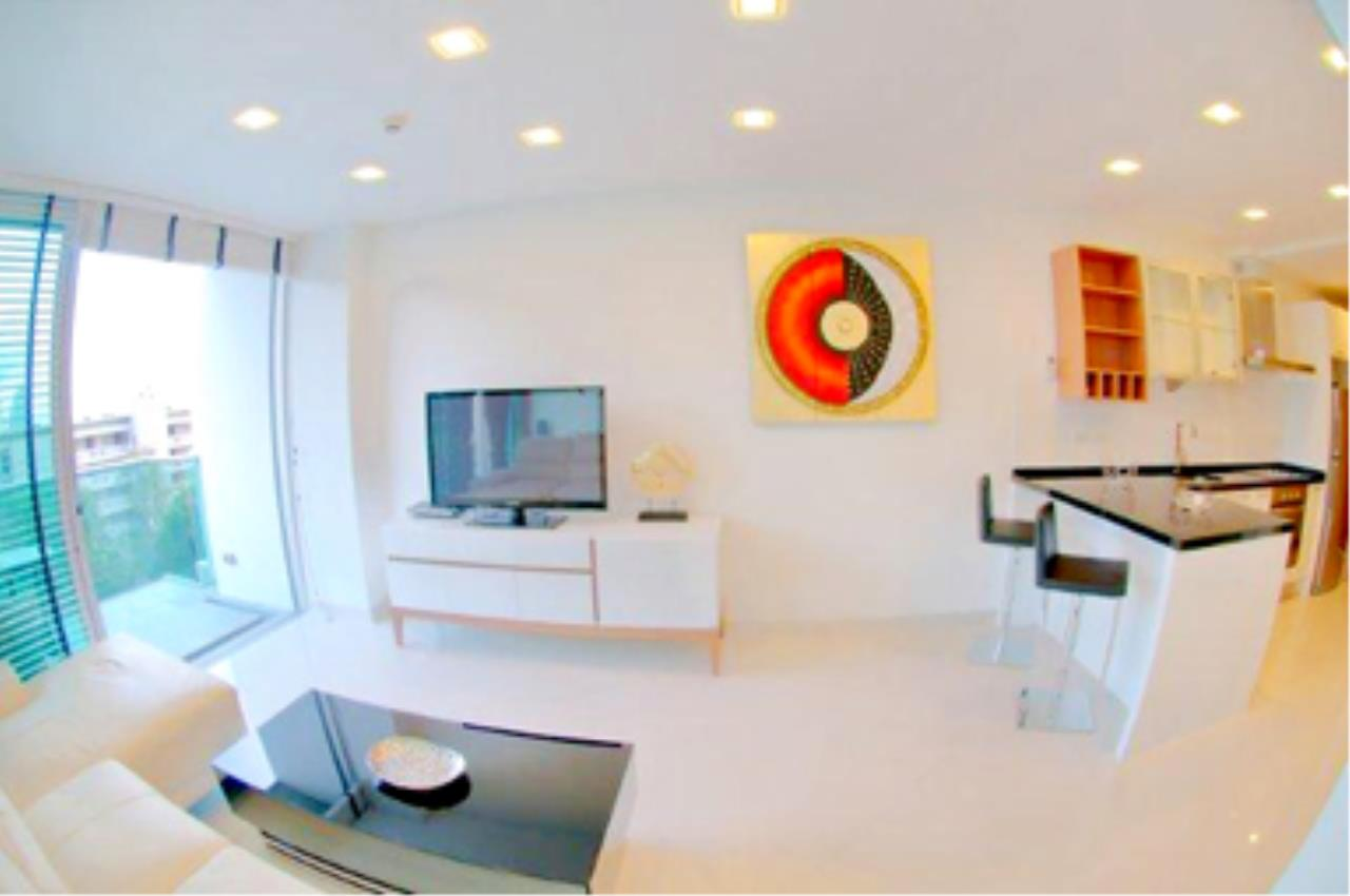 RE/MAX Town & Country Property Agency's Great 2 bedroom in Wong Amat 2