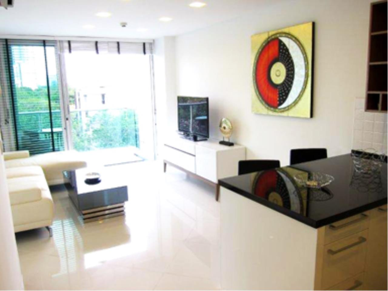 RE/MAX Town & Country Property Agency's Great 2 bedroom in Wong Amat 3