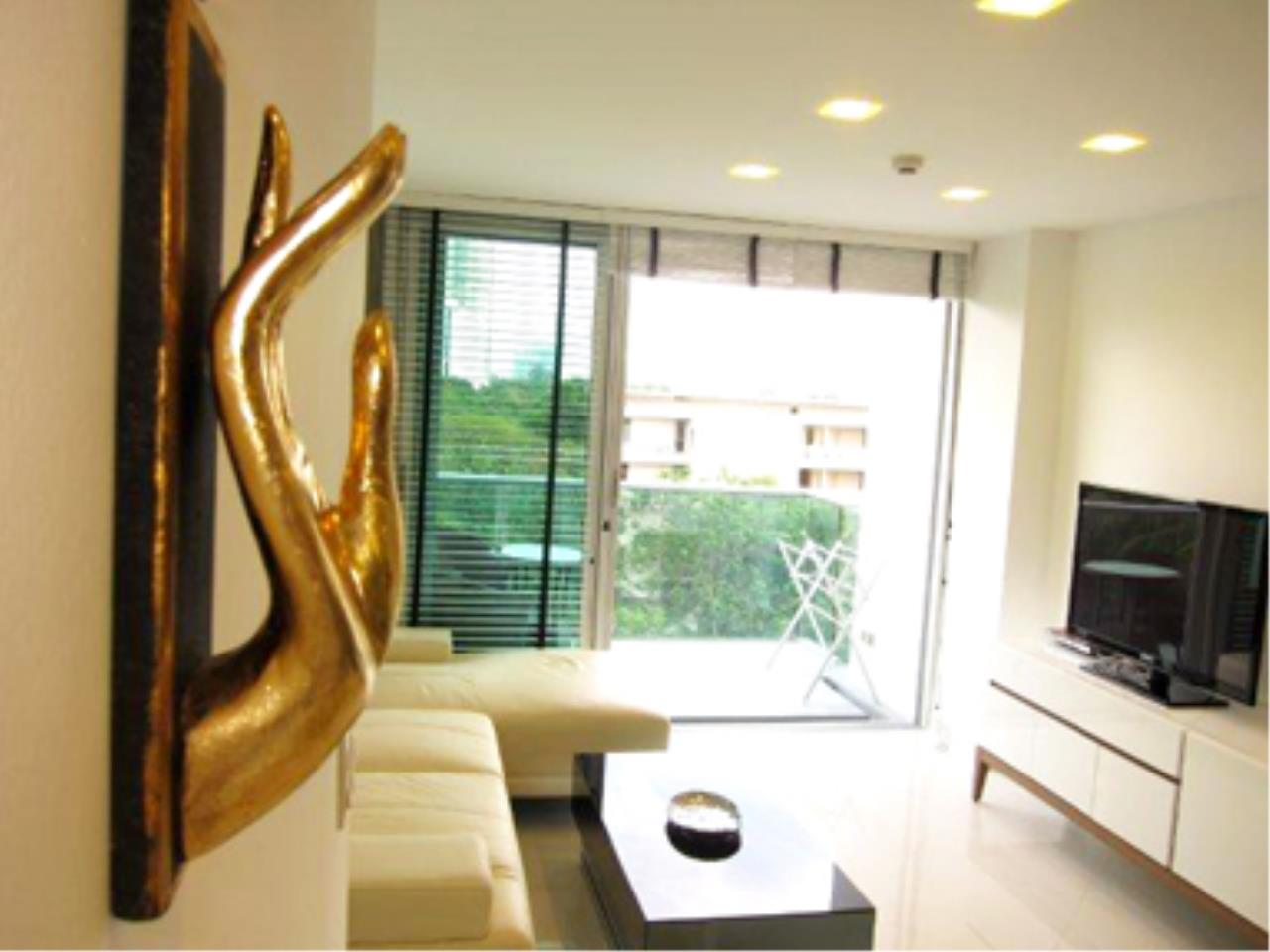 RE/MAX Town & Country Property Agency's Great 2 bedroom in Wong Amat 4