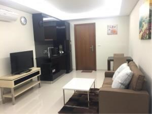 RE/MAX Town & Country Property Agency's Beachside luxury condo for sale in Wong Amat 8