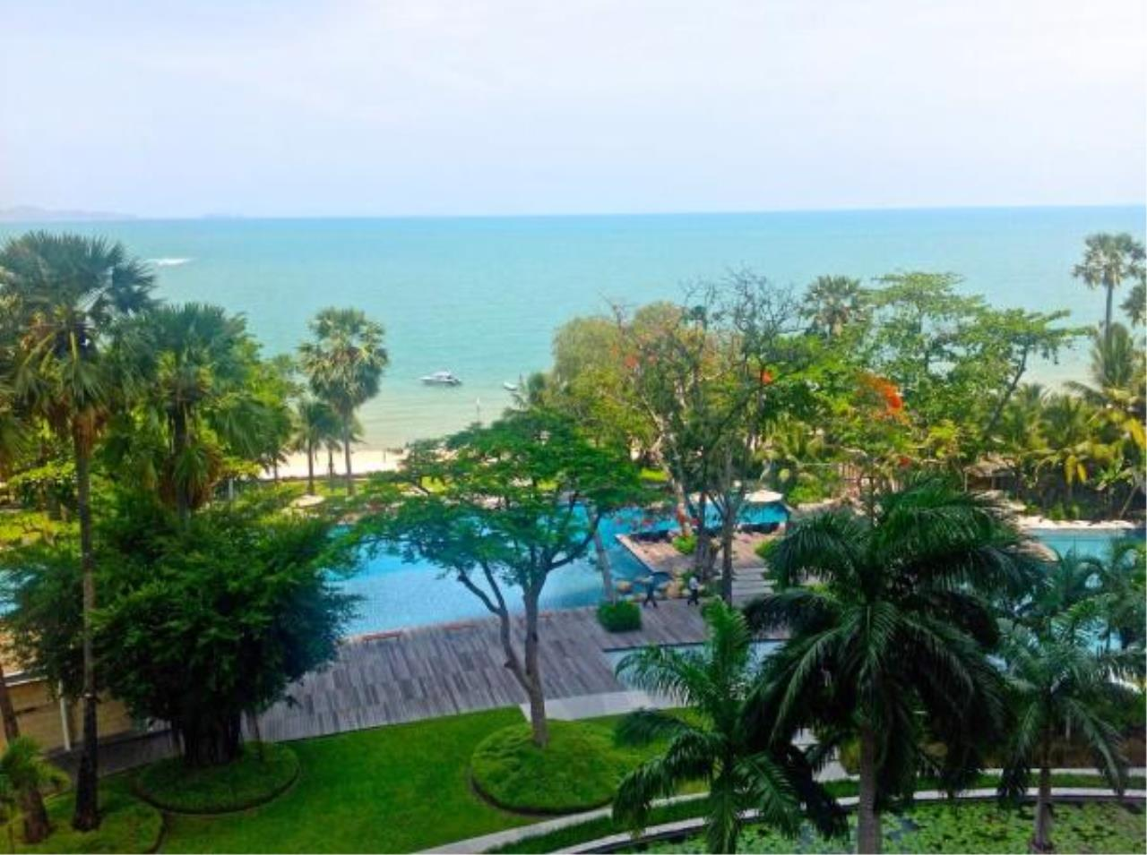 RE/MAX Town & Country Property Agency's Beach front condo for rent in Wong Amat! 7