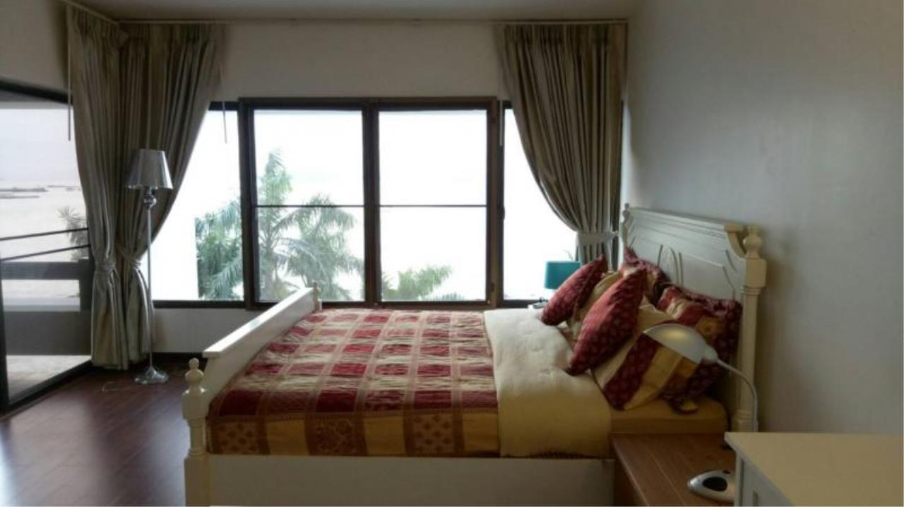 RE/MAX Town & Country Property Agency's 2 bedrooms condo  of the best ocean views in Pattaya for rent 7