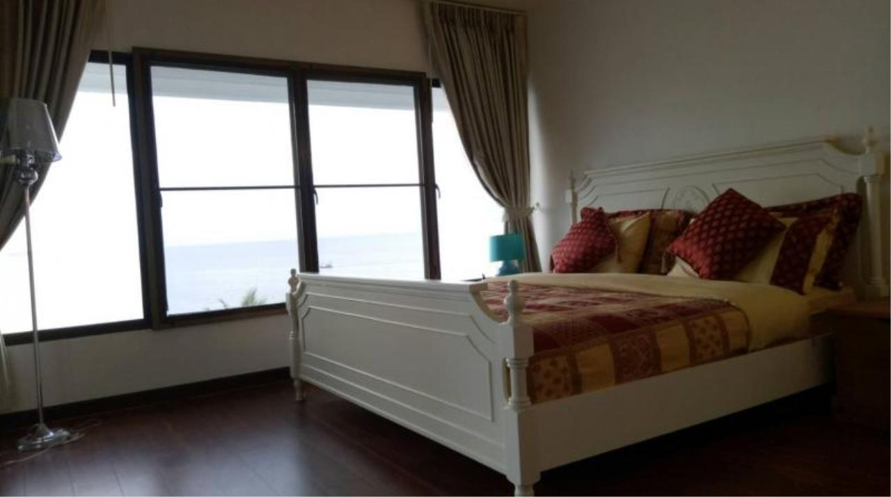RE/MAX Town & Country Property Agency's 2 bedrooms condo  of the best ocean views in Pattaya for rent 8