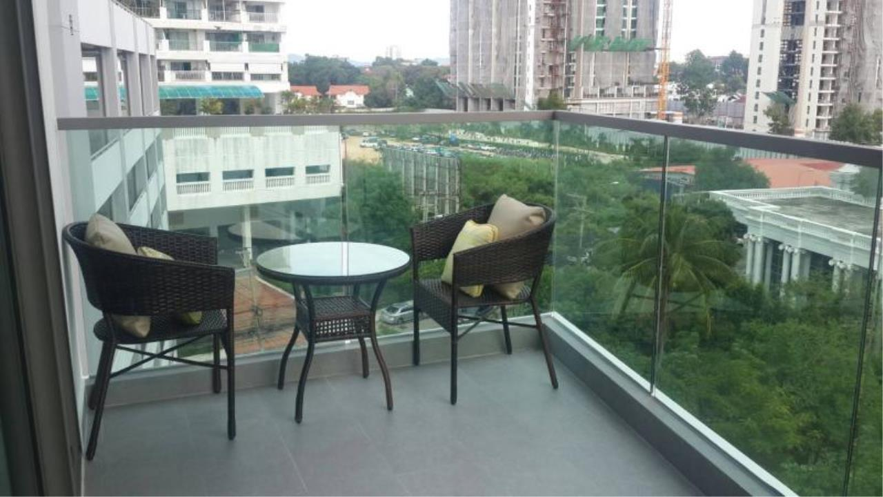 RE/MAX Town & Country Property Agency's Sea View condo for rent in  north Pattaya 5
