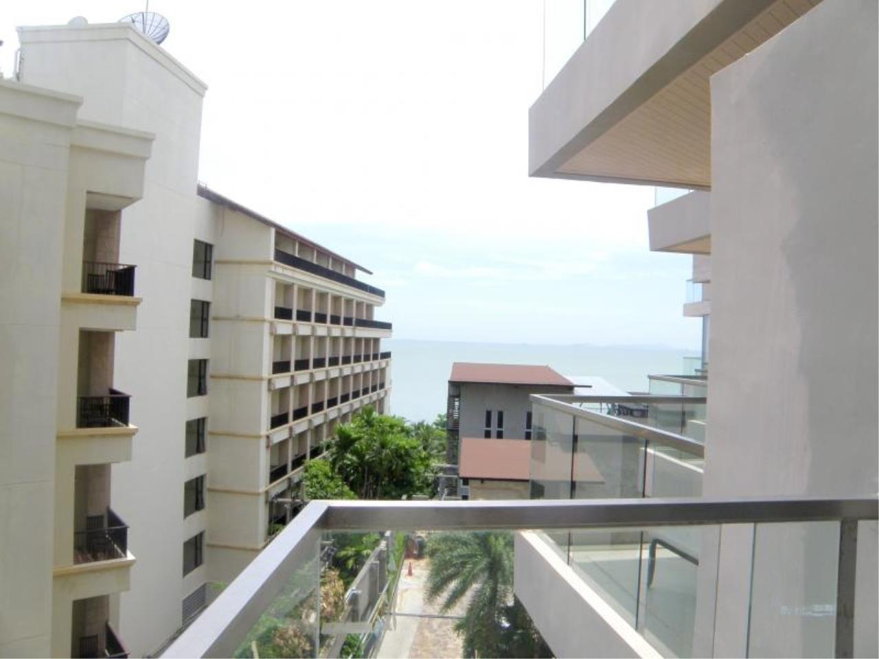 RE/MAX Town & Country Property Agency's Luxury Sea View Condo in Naklua 1