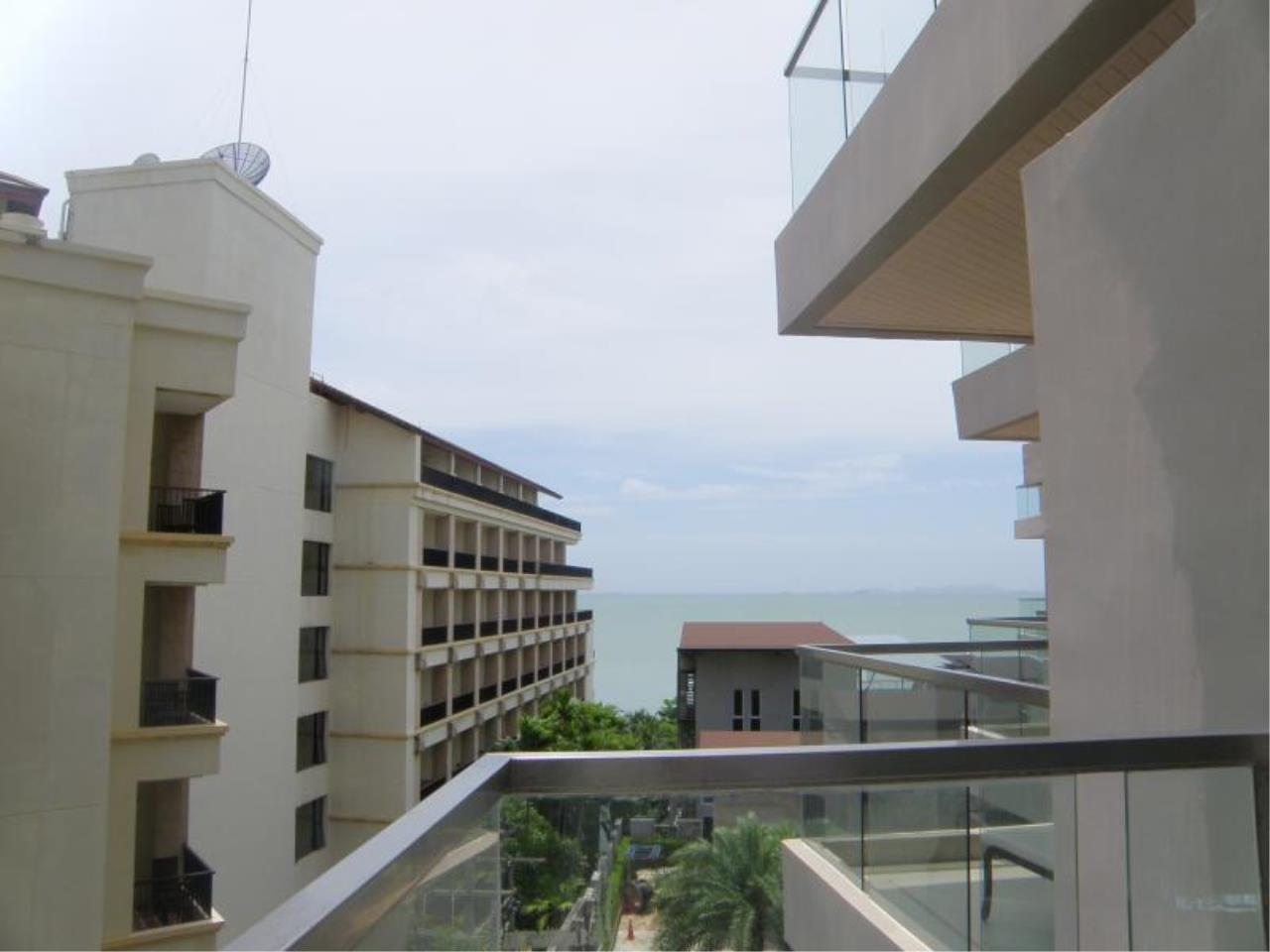 RE/MAX Town & Country Property Agency's Luxury Sea View Condo in Naklua 2