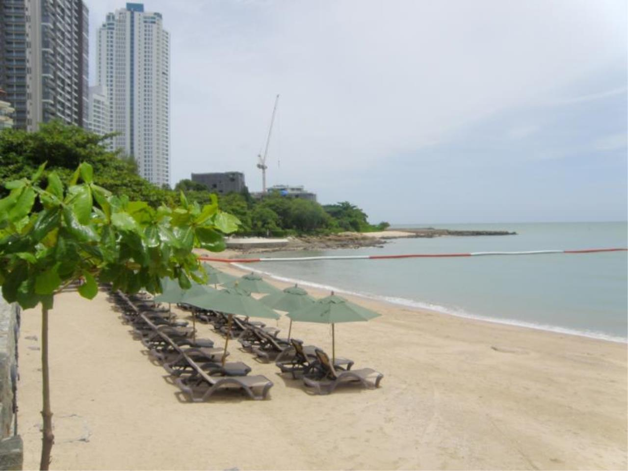 RE/MAX Town & Country Property Agency's Luxury Sea View Condo in Naklua 9