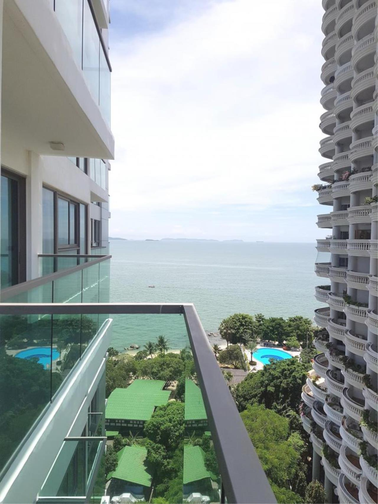 RE/MAX Town & Country Property Agency's Nice Beachfront Project in Nakhua 1
