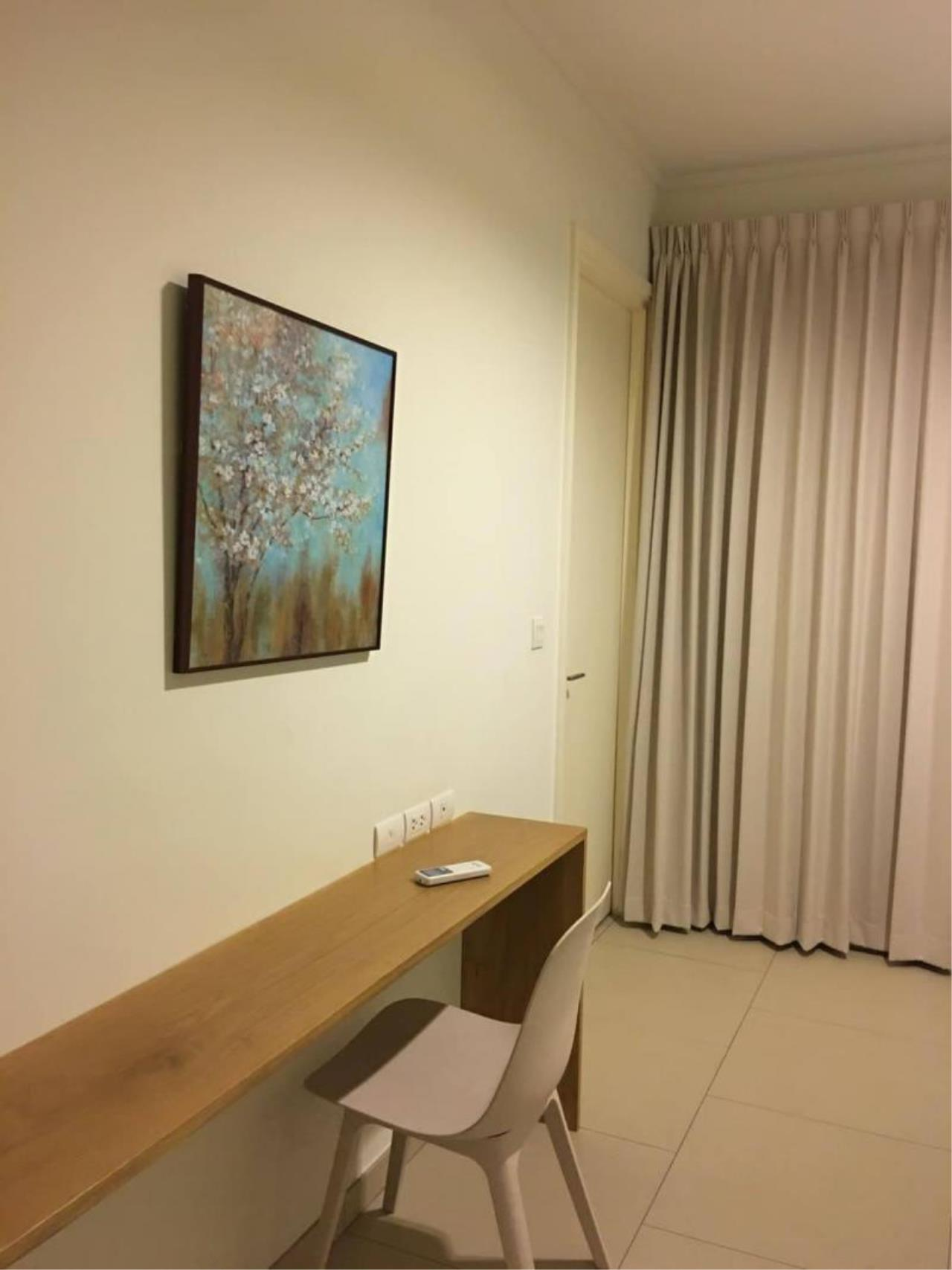 RE/MAX Town & Country Property Agency's Beach front condo in Wong Amat 7