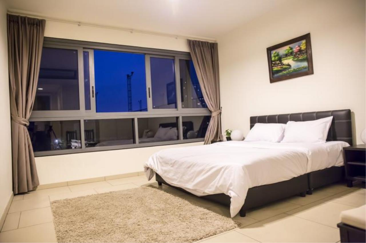 RE/MAX Town & Country Property Agency's 2 Bedrooms in Nakhua 5