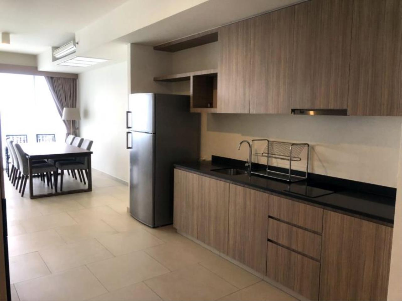 RE/MAX Town & Country Property Agency's Nice Sea view condo in Naklua 3