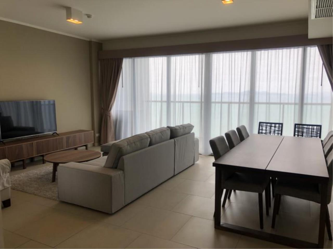 RE/MAX Town & Country Property Agency's Nice Sea view condo in Naklua 4