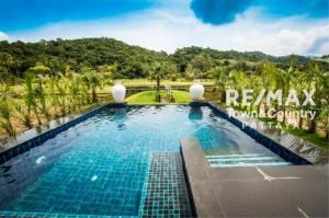 RE/MAX Town & Country Property Agency's Koh Chang Beach-front villas 2