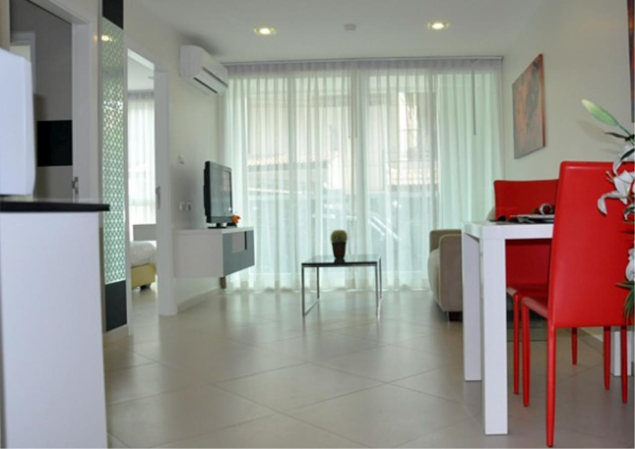 RE/MAX Town & Country Property Agency's Brand new condo in Pratamnak Hill 2