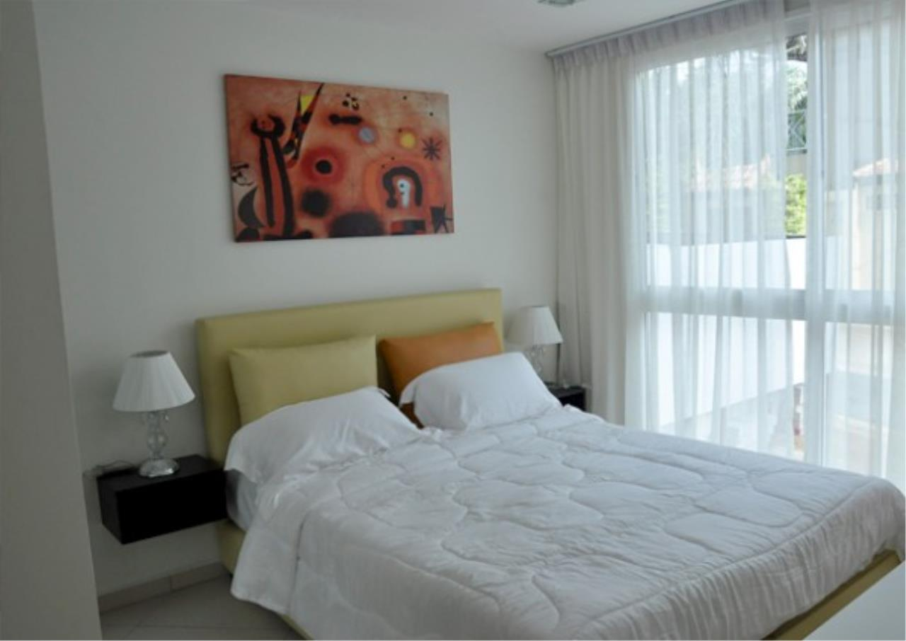 RE/MAX Town & Country Property Agency's Brand new condo in Pratamnak Hill 7