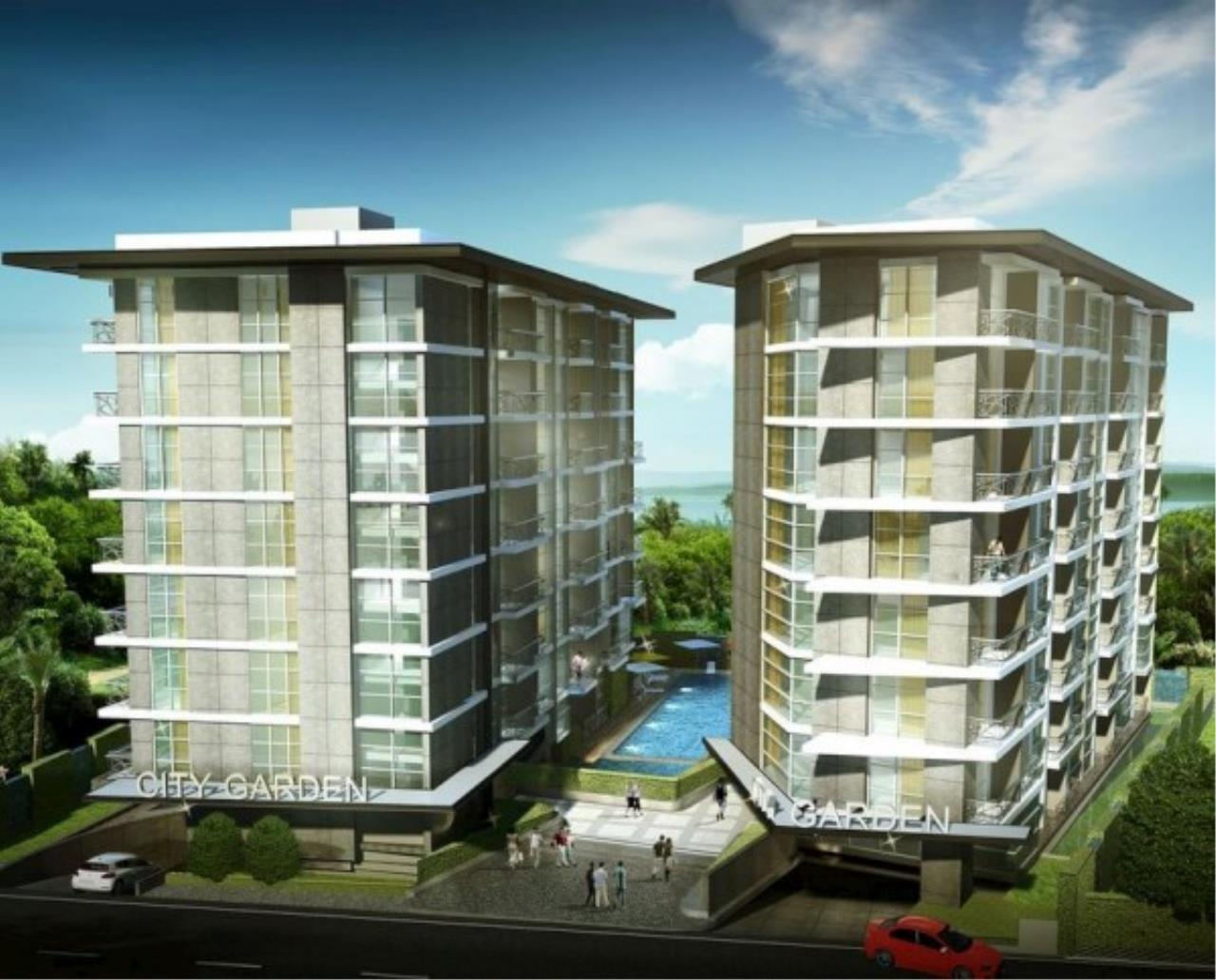 RE/MAX Town & Country Property Agency's Large one bedroom condo for sale on Pratumnak 8