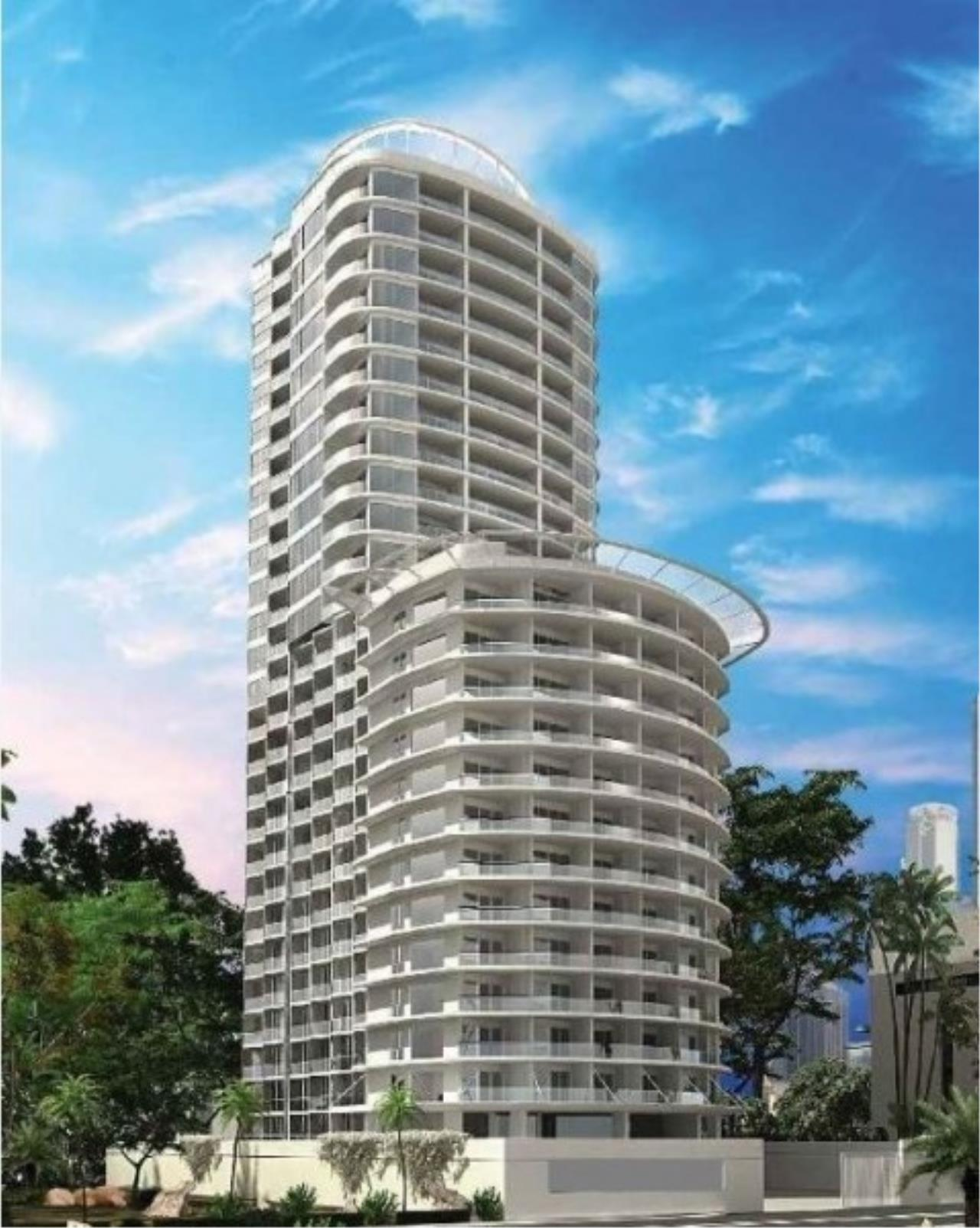 RE/MAX Town & Country Property Agency's Luxury condo for sale 8