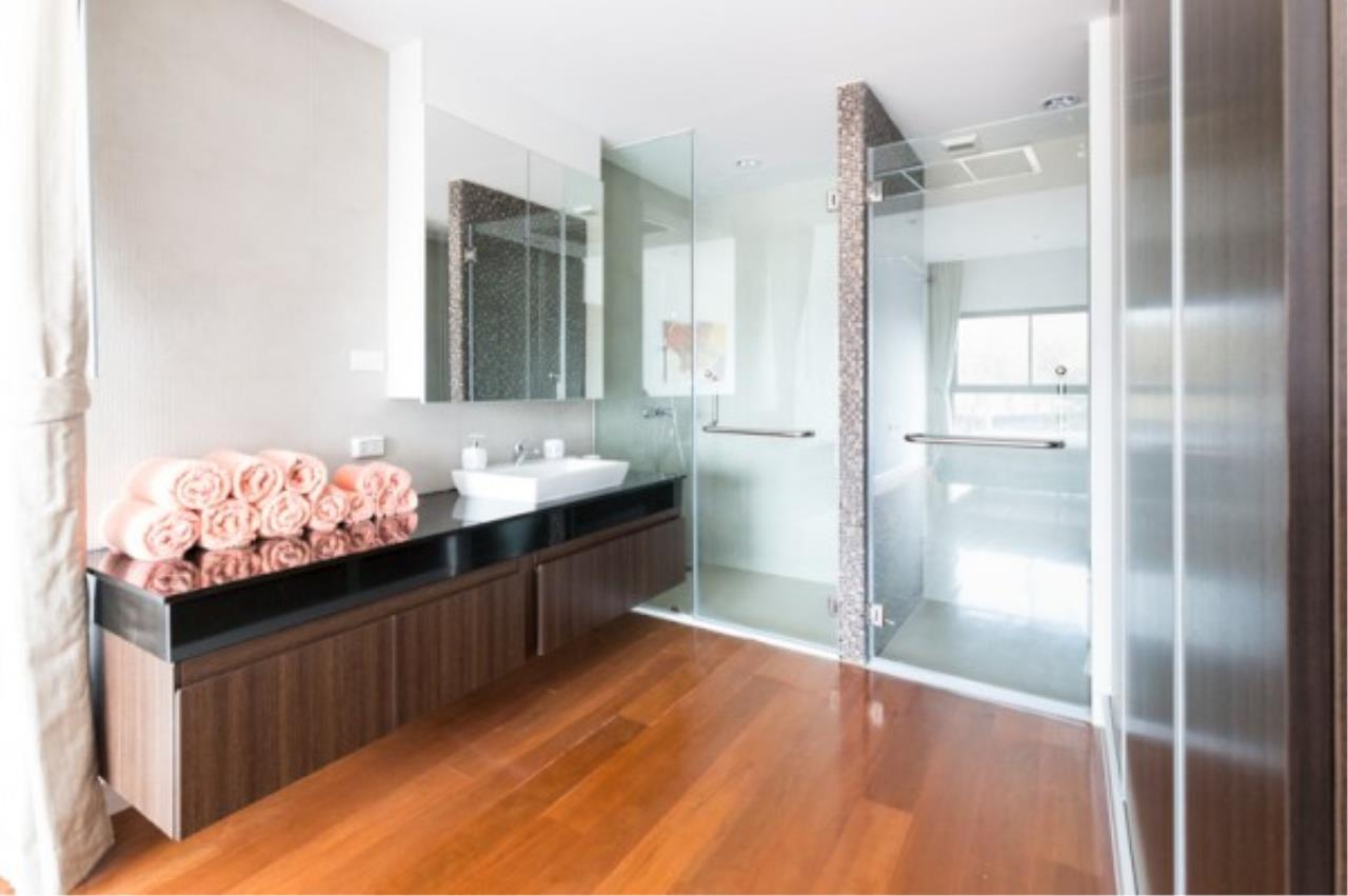 RE/MAX Town & Country Property Agency's 2 bedroom condo for sale and rent 7