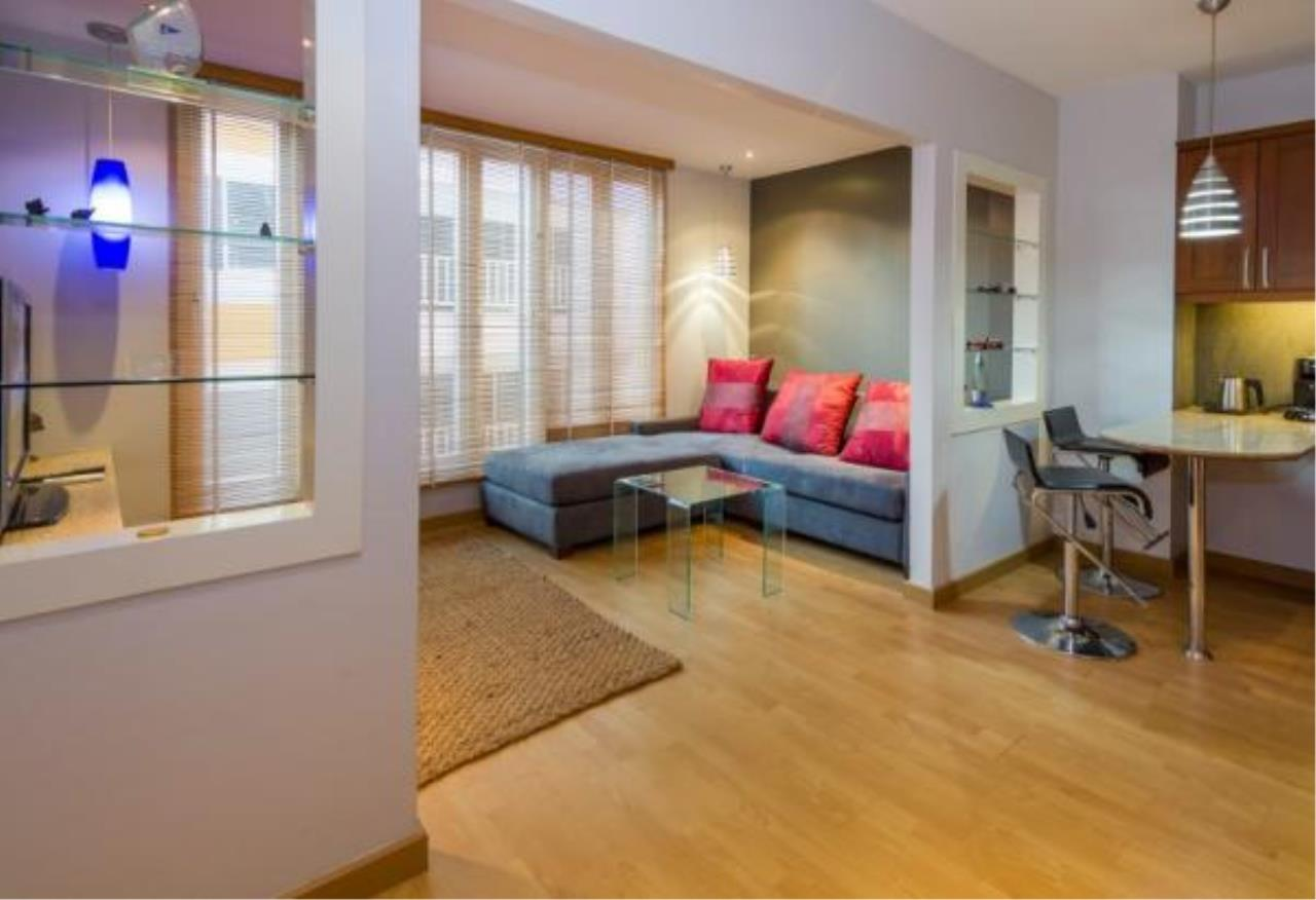 RE/MAX Town & Country Property Agency's Executive apartment 2