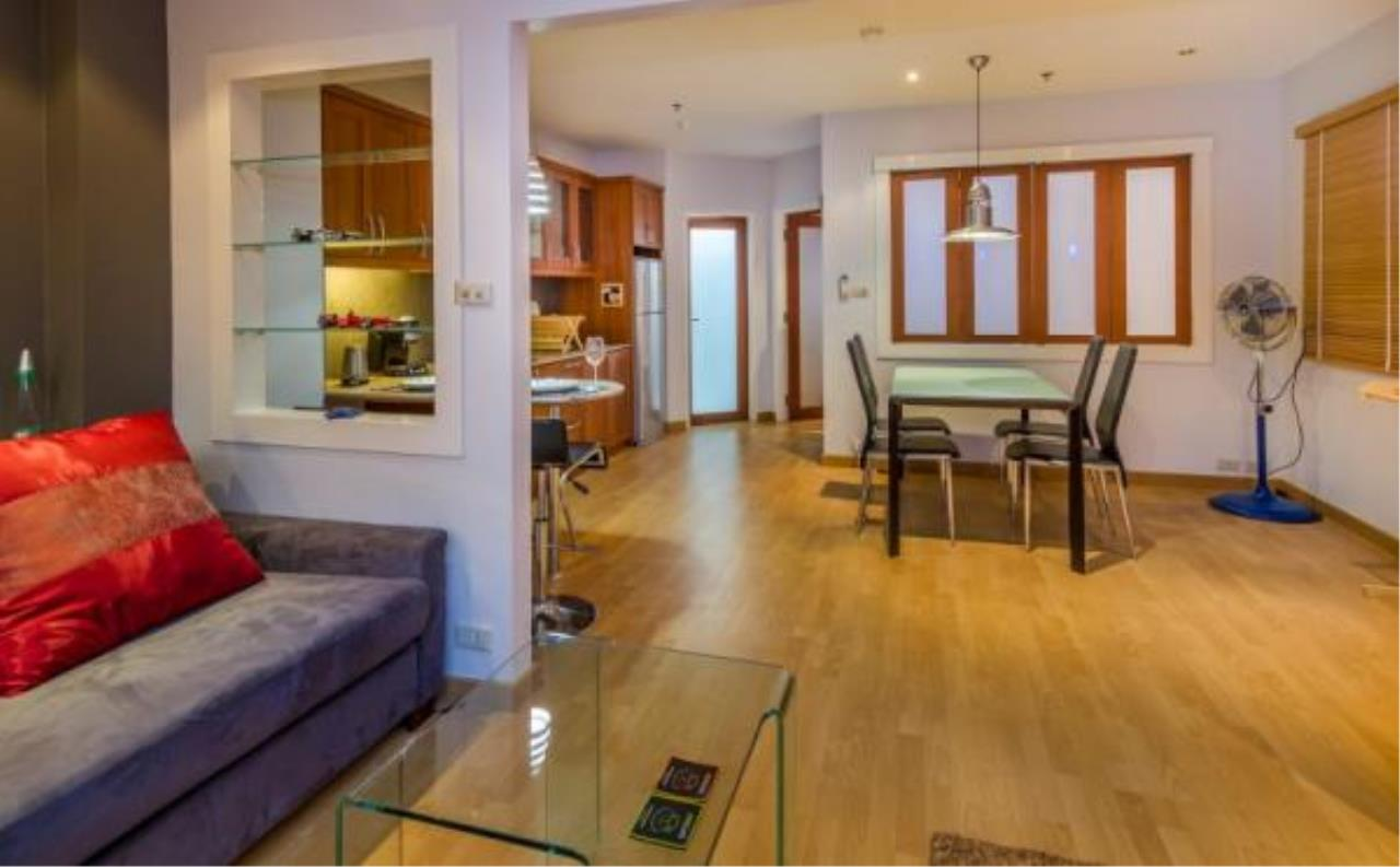 RE/MAX Town & Country Property Agency's Executive apartment 4