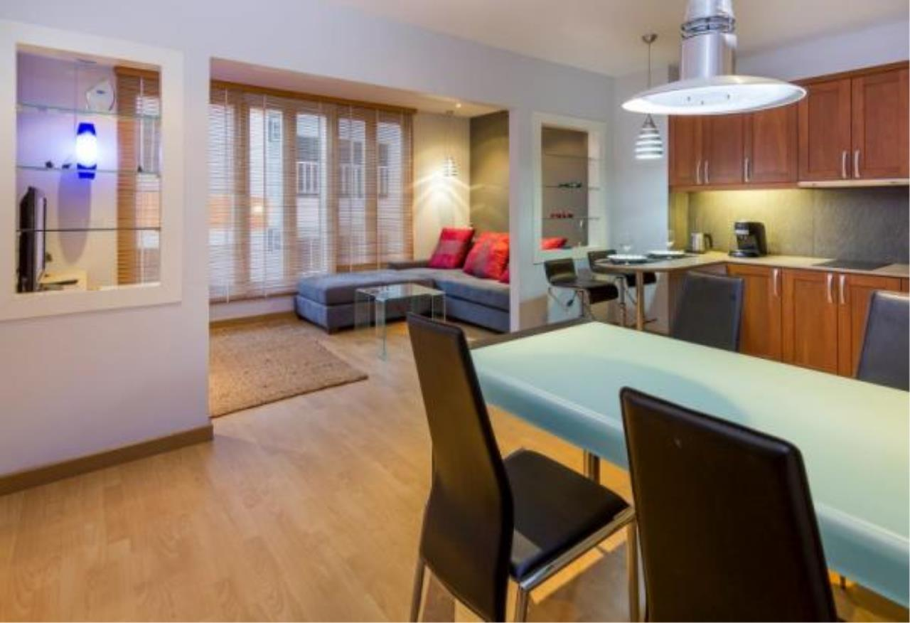 RE/MAX Town & Country Property Agency's Executive apartment 5