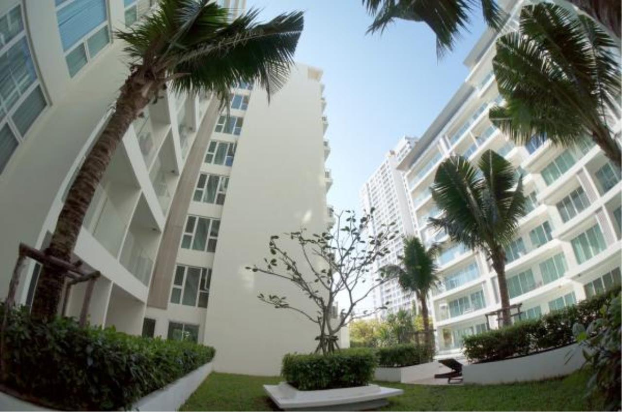 RE/MAX Town & Country Property Agency's Nice condo for sale or rent in Pratumnak 2
