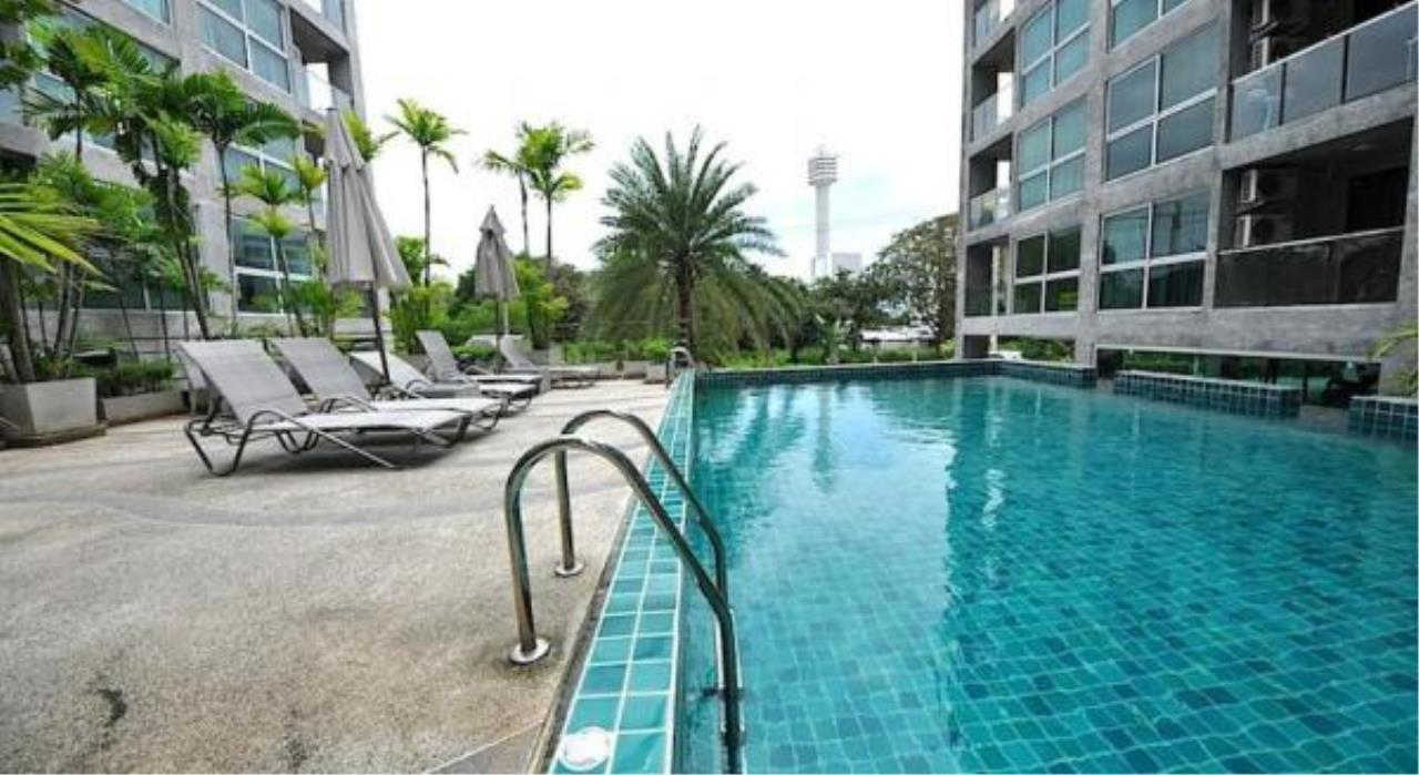 RE/MAX Town & Country Property Agency's 2 Bedroom condo for sale and rent on Pratumnak 1