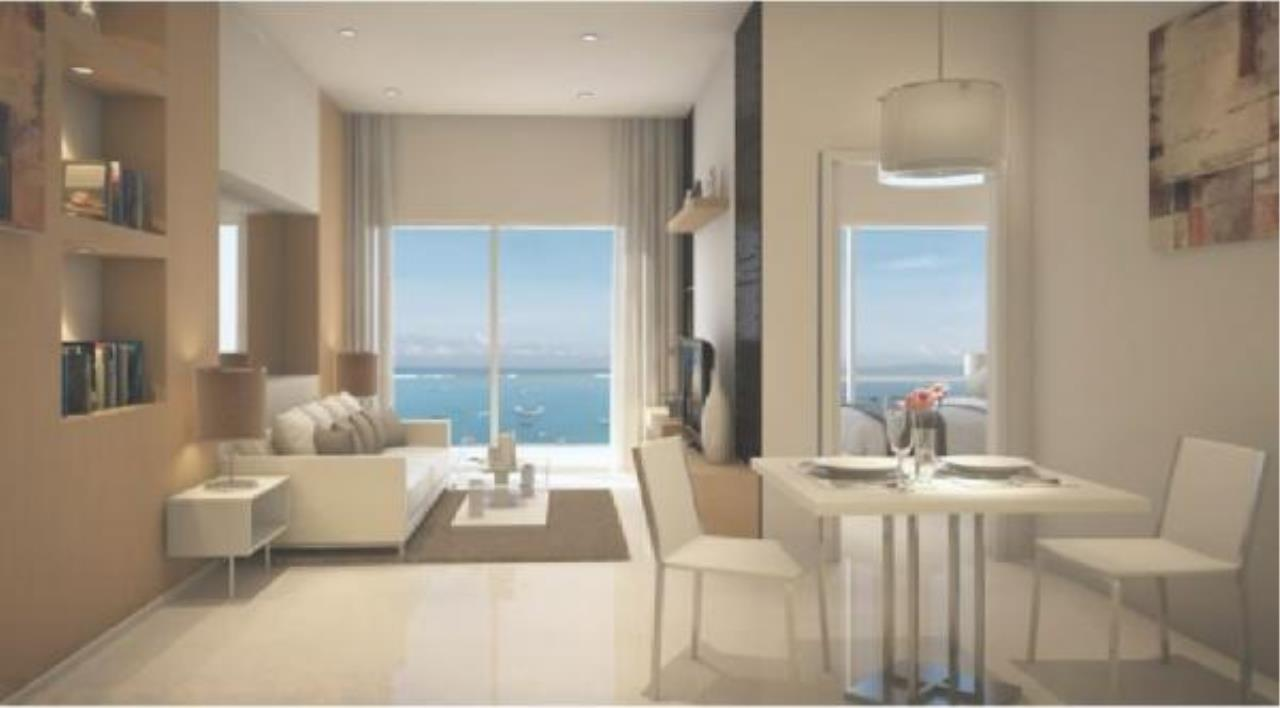 RE/MAX Town & Country Property Agency's Nice condo for sale in Pratamnak 3
