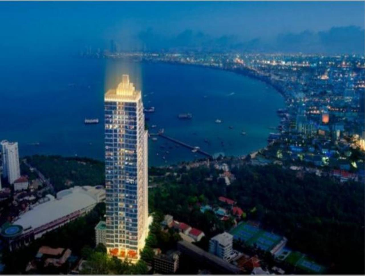 RE/MAX Town & Country Property Agency's Nice condo for sale in Pratamnak 7